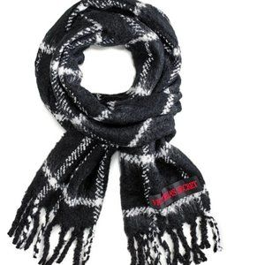 NWT VS Checker Scarf Winter Angel Collection